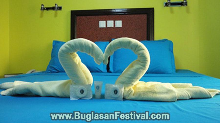 Dumaguete City-C & L Suites Inn