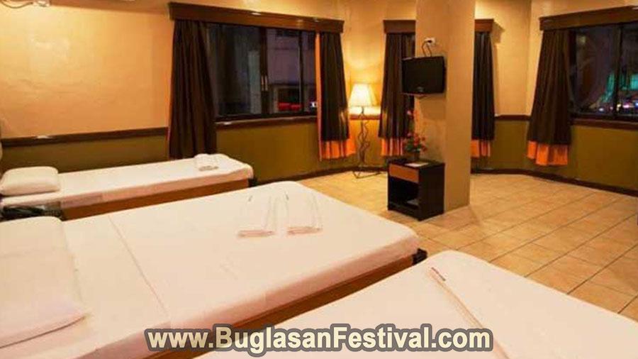 Hotel-Palwa-Dumaguete-Family-Room