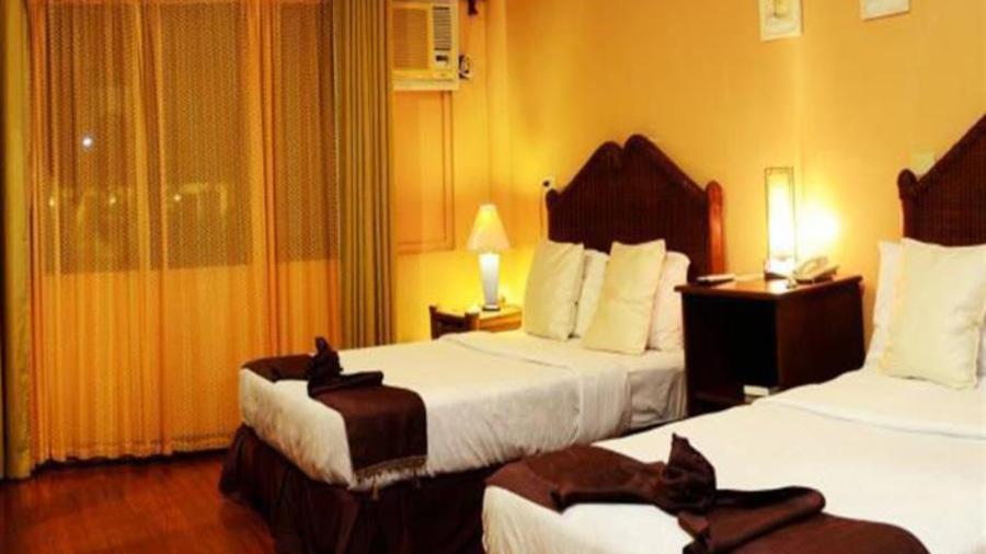Sierra Resort room