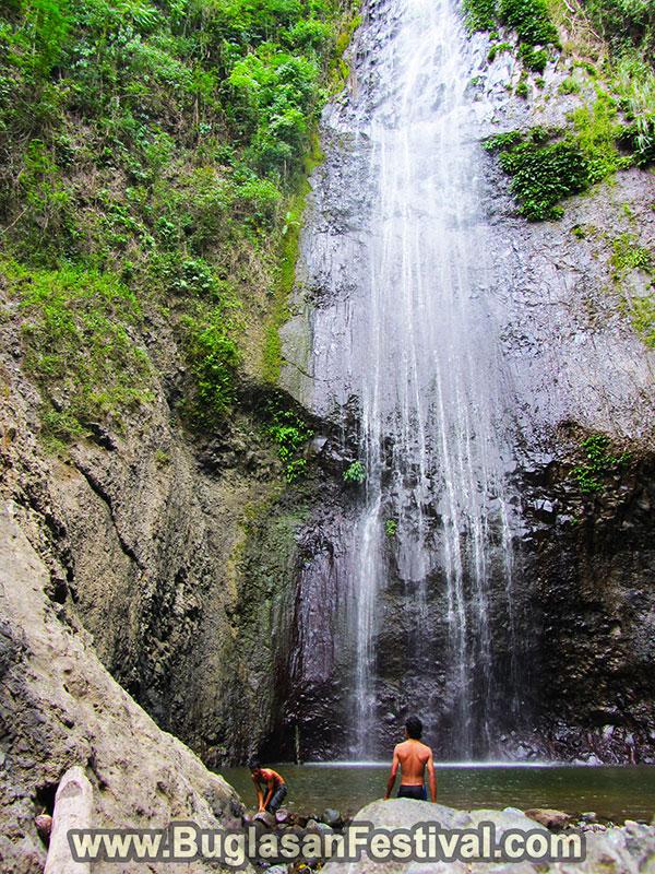 Tourist Spot in Tanjay - Luparan Falls
